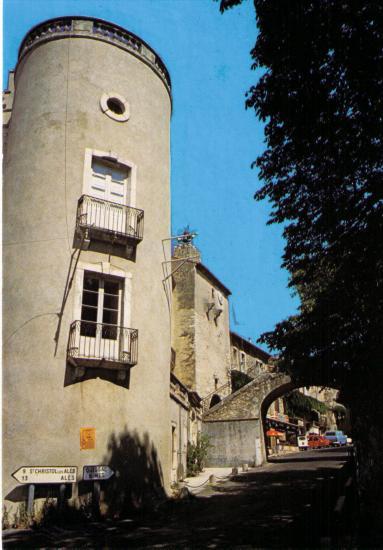 Chateau de Lézan
