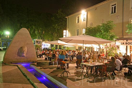 Place d'Assas à Nîmes