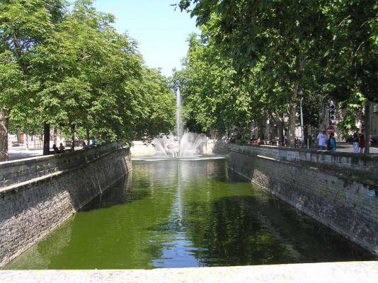 Jardin de la fontaine à Nîmes