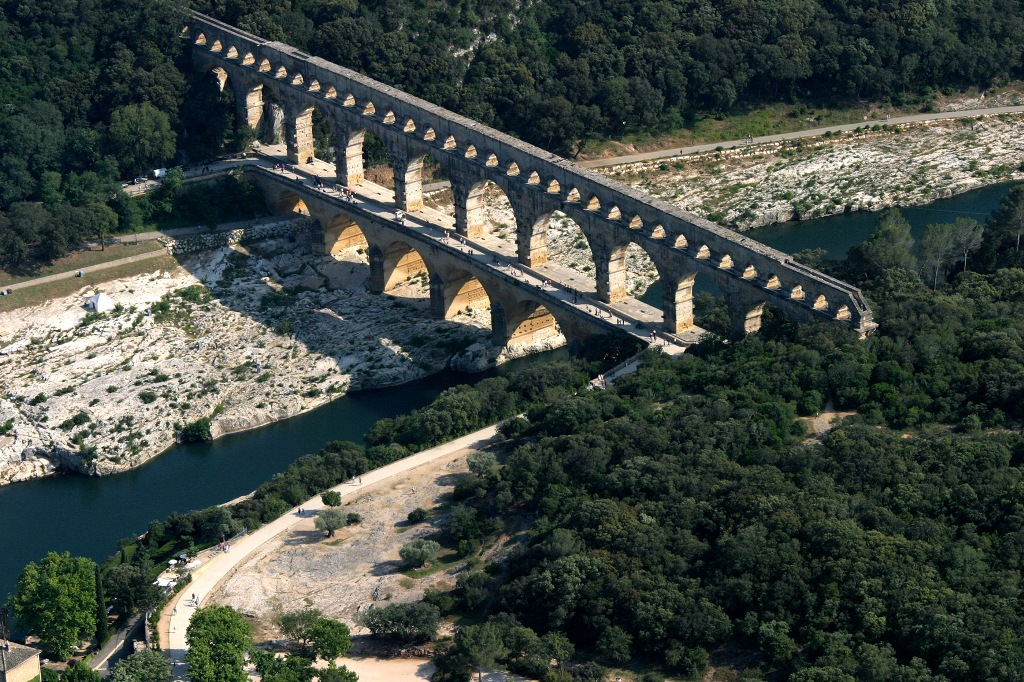 Le pont du Gard joyau du patrimoine Français
