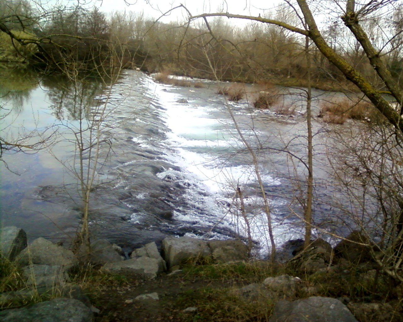 Retenue d'eau au pont de Lézan