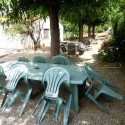 salon de jardin, aire de jeux