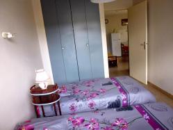 chambre double lit les roses